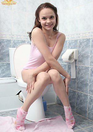 Young Toilet Porn Pictures